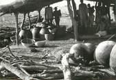 """Afrique PHOTO ORIGINALE / AFRIQUE """"Togo, fabrication de la bière de mil"""""""