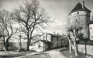 """01 Ain CPSM FRANCE 01 """" Treffort, Place des tilleuls et la tour du château """"."""