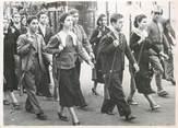 """Photograp Hy PHOTO ORIGINALE / TURQUIE """"Exercices militaires des jeunes filles"""""""