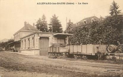 """CPA FRANCE 38 """"Allevard les Bains, La gare""""."""