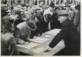 """Photograp Hy PHOTO ORIGINALE / ALLEMAGNE """"Francfort, protestation contre le choix de Bonn comme capitale de la République fédérale de l'Allemagne, 1949"""""""