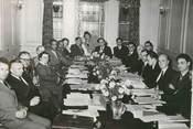 """Photograp Hy PHOTO ORIGINALE / GRANDE BRETAGNE """"Le Comité de la paix mondiale à Londres"""""""