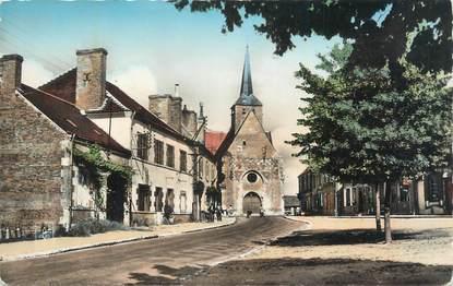 """CPSM FRANCE 45 """"Cerdon du Loiret, Place du marché""""."""