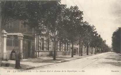 """CPA FRANCE 69 """"Tassin, La Maison Etel et avenue de la République""""."""