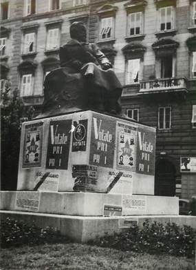 "PHOTO ORIGINALE / ITALIE ""Trieste, période électorale"""