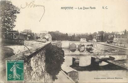 """CPA FRANCE 28 """"Mayenne, Les deux ponts""""."""