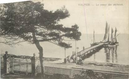 """CPA FRANCE 83 """"Valmer, Le retour des pêcheurs""""."""
