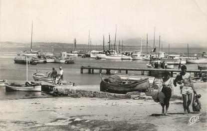 """CPSM FRANCE 83 """" Ile de Porquerolles, Le port""""."""