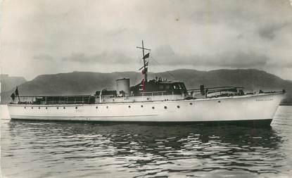 """CPSM FRANCE 83 """" Porquerolles, Yacht à moteur Oiseau des Iles""""."""