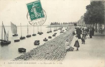 """CPA FRANCE 80 """"St Valéry sur Somme, La digue côté est""""."""