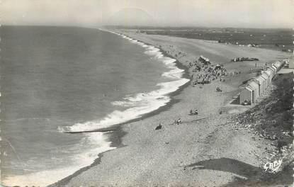 """CPSM FRANCE 80 """"Ault Onival, Vue d'ensemble de la plage""""."""