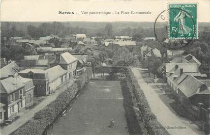 "CPA FRANCE 80 ""Sarcus, Vue panoramique, la place communale""."