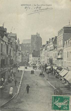 """CPA FRANCE 80 """"Abbeville, Rue Alfred Cendré""""."""