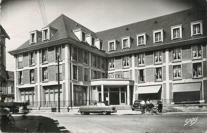 "CPSM FRANCE 80 ""Abbeville, Hôtel de France""."