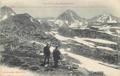 """CPA FRANCE 66 """"Massif du Carlitte, Le pic de Carlitte vu au-dessus de l'étang de Lanoux""""."""