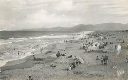 """CPSM FRANCE 66 """"Canet Plage, La plage""""."""