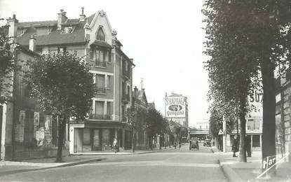 """CPSM FRANCE 93 """" Villemomble, Avenue de Raincy""""."""