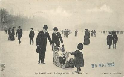 """CPA FRANCE 69 """"Lyon,Le patinage au Parc de la Tête d'Or""""."""