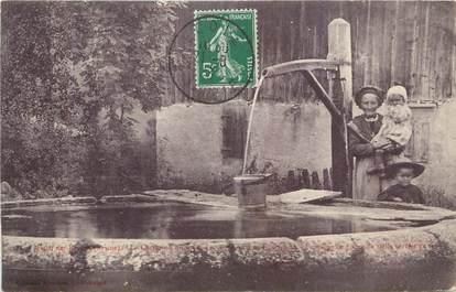 """CPA FRANCE 73 """"Aillon le Jeune, Fontaine en pierres""""."""