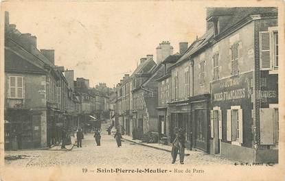 """CPA FRANCE 58 """"Saint Pierre le Moutier, Rue de Paris"""""""