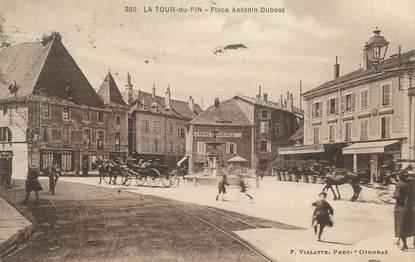 """CPA FRANCE 38 """"La Tour du Pin, Place Antonin Dubost""""."""