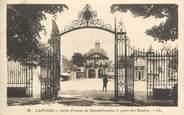 """52 Haute Marne CPA FRANCE 52 """" Langres, Grille d'entrée de blanchefontaine et porte des moulins""""."""