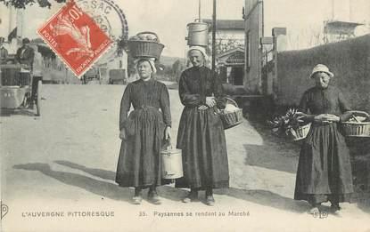 """CPA FRANCE 63 """" L'Auvergne, Paysanne se rendant au marché"""". / FOLKLORE"""