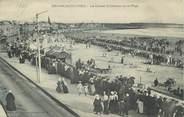 """85 Vendee CPA FRANCE 85 """" Les Sables d'Olonne, Les courses de cheveaux sur la plage""""."""
