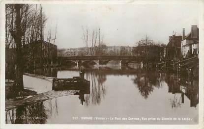 """CPSM FRANCE 86 """" Vivonne,Le pont des Carmes""""."""