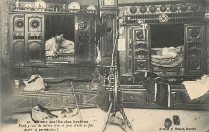 """CPA FRANCE 22 """"Autour des lits clos"""". / FOLKLORE/ LES LITS CLOS"""