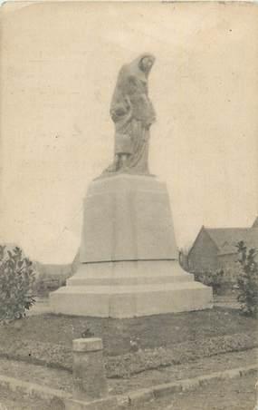 """CPA FRANCE 59 """"Lewarde, Le monument aux morts""""."""