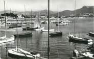 """83 Var CPSM FRANCE 83 """"St Cyr - Les Lecques, Le port'."""