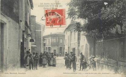 "CPA FRANCE 30 "" Aigues Vives, Grande rue""."