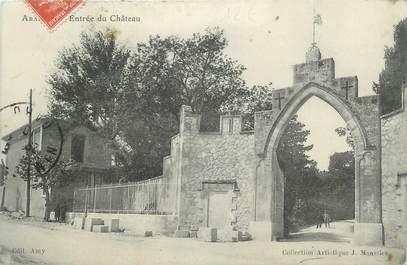 """CPA FRANCE 30 """" Aramon, Entrée du château""""."""