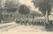 """13 Bouch Du Rhone CPA FRANCE 13 """" Aubagne, La rentrée à l'étable""""."""