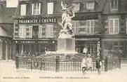 """50 Manche CPA FRANCE 50 """" Villedieu Les Poëles, Le monument aux morts""""."""