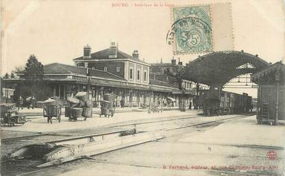 """CPA FRANCE 01 """"Bourg, Intérieur de la gare""""."""