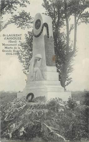 """CPA FRANCE 30 """" St Laurent d'Aigouze, Le monument aux morts""""."""