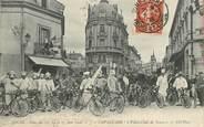 """37 Indre Et Loire CPA FRANCE 37 """"Tours, Fêtes des 13, 14 et 15 juin 1908, cavalcade """" / VÉLO / CYCLISME"""