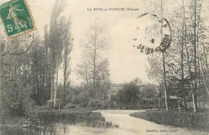 """CPA FRANCE 86 """"La Dive sur Voulon""""."""
