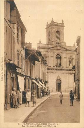 """CPA FRANCE 47 """" Casteljaloux, La grande rue et l'église""""."""