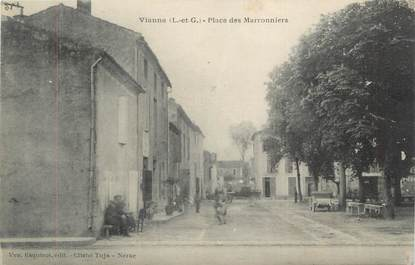 """CPA FRANCE 47 """"Vianne, Place des Marronniers""""."""