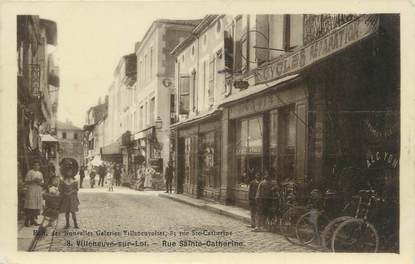 "CPSM FRANCE 47 "" Villeneuve sur Lot, Rue Ste Catherine""."