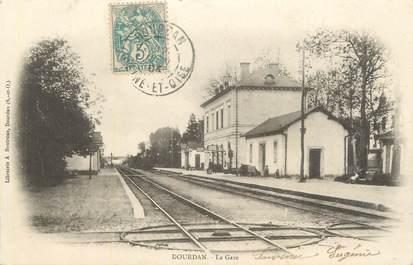 """CPA FRANCE 91 """" Dourdan, La gare""""."""