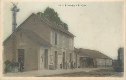 """CPA FRANCE 91 """"Etrechy, La gare""""."""