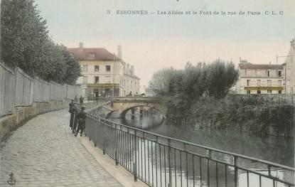 """CPA FRANCE 91 """"Essonnes, Les allées et le pont de la rue de Paris""""."""
