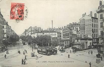 """CPA FRANCE 69 """" Lyon, Place du Pont de la Guillotière""""."""