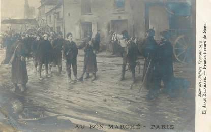 CPA PUBLICITE / Au Bon Marché / TABLEAU / Salon  des Artistes français  1912 / Sens (89)