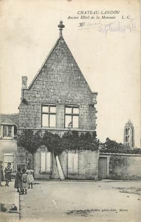 """CPA FRANCE 77 """" Chateau Landon, Ancien hôtel de la Monnaie""""."""