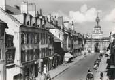 """25 Doub CPSM FRANCE 25 """" Pontarlier, Avenue de la République""""."""
